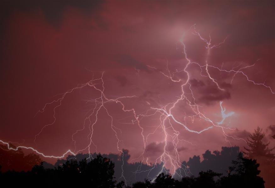 Gewitter und Blitze über Mallorca