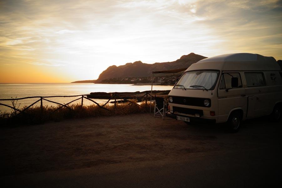 "Mallorca mal anders: ""Lazy Bus"" vermietet VW Bullis auf der Sonneninsel"