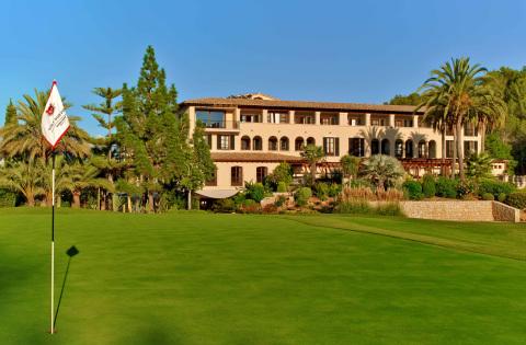 """""""Das neu renovierte Sheraton Mallorca Arabella Golf Hotel – das einzige Golf-Resort der Marke Sheraton in Europa – unterstreicht einmal mehr unser Engagement, die Marke Sheraton als unübertroffenen Marktführer in der Hotellerie zu etablieren."""""""