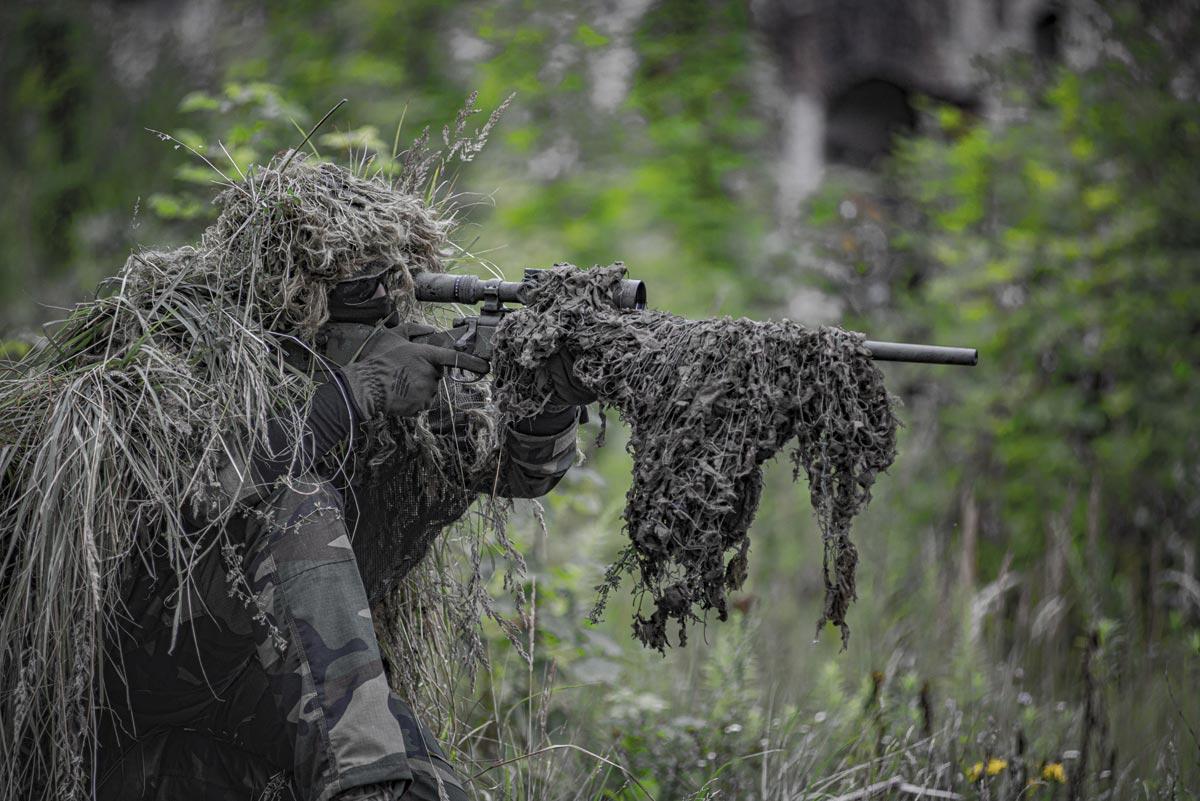 Soldat bei einer militärischen Übung