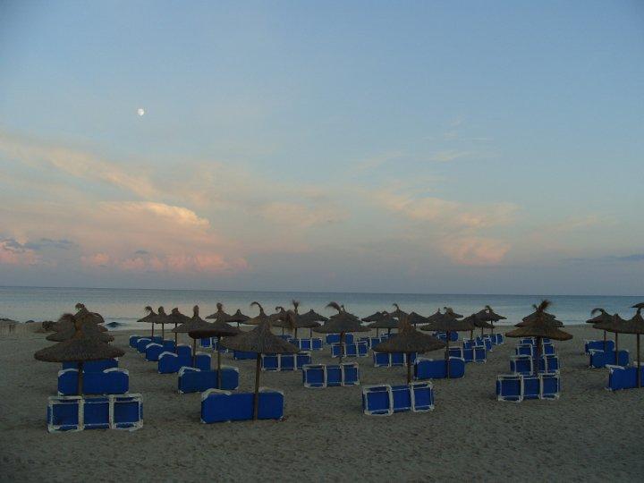 Strandliegen auf Mallorca