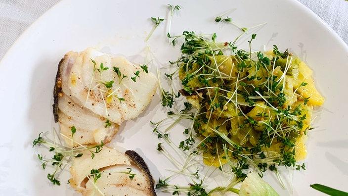 Kartoffelsalat mit Lauch und Senfsaat
