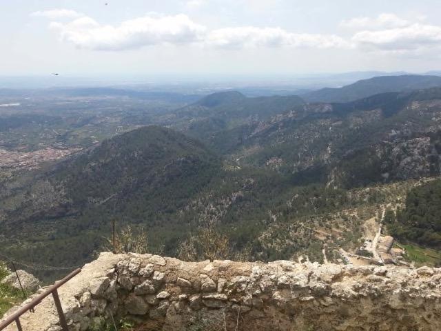 Die beste Wanderung der Welt zum Castell Alaro