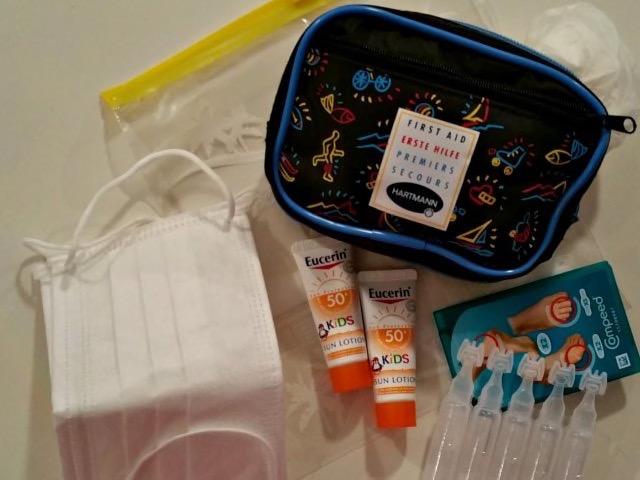 Mini-Erste-Hilfe-Set gehört in den Survival Rucksack