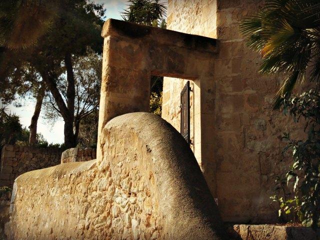 Mallorca Tipps - der Eingang der Gartenlage in El Terreno