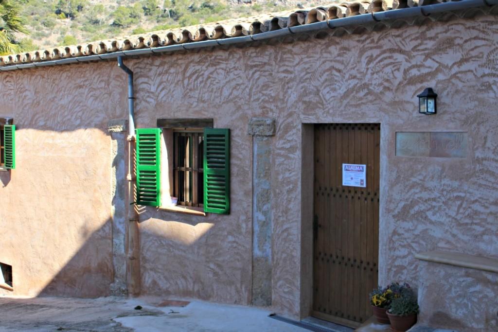 Der Eingang zum Alalama in Calvia