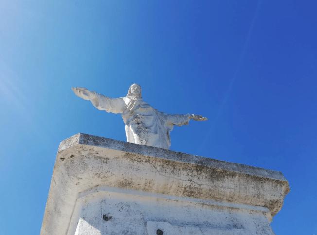 Jesusstatue bei Esporles Mallorcatalks