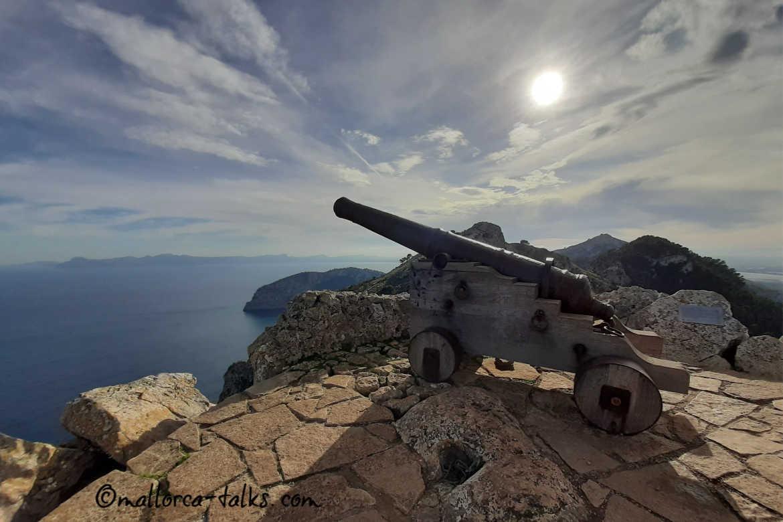 Kanonenwanderung mit Blick über die Bucht von Alcudia und Pollenca