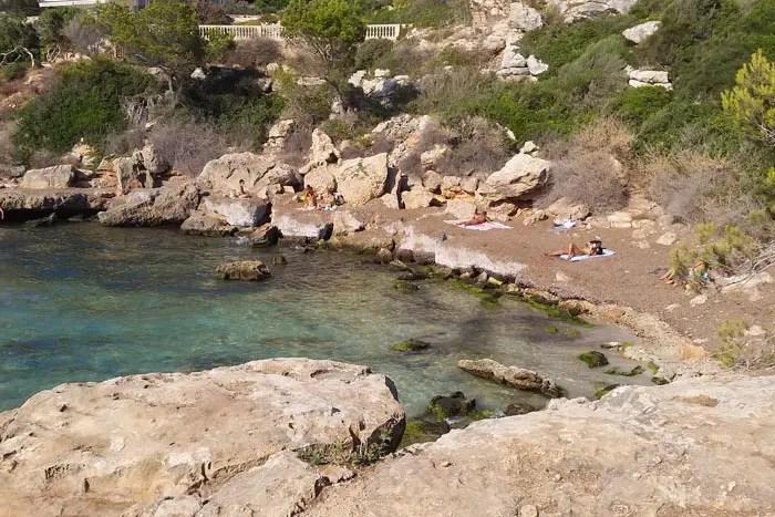 Strände in Palma: Caló de Ses Lleonardes