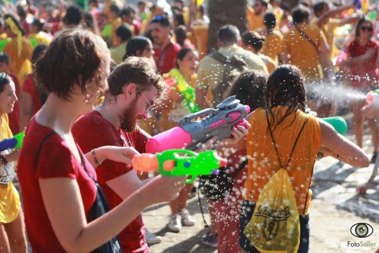 Wasserpistolenschlacht in Palma