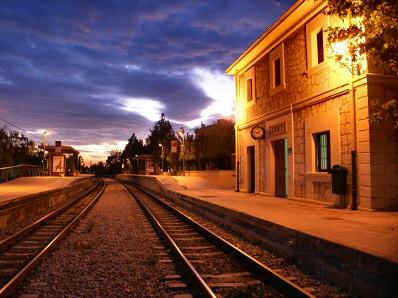 https://i1.wp.com/www.mallorcaweb.com/portal/img/fotografies/437/estacio-tren-2.jpg