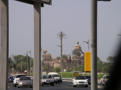 Telephone Mast in Dubai - Tolfalas.com