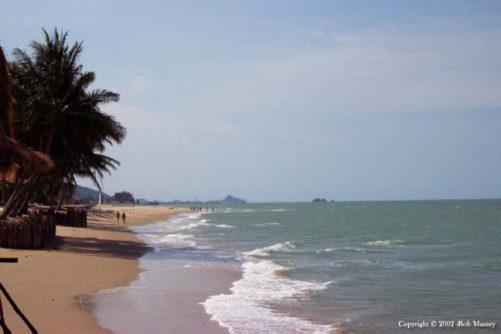 Beach - Evason Pranburi - with Hua Hin in the background - from Tolfalas.com