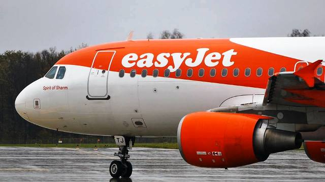 easyet airplanes malpensa