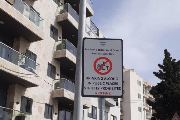 Halka açık alanlarda alkol kullanımına para cezası kesilecek