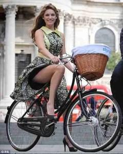 maltaway bike woman