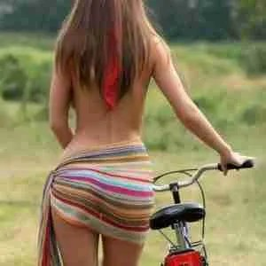 maltaway bike lady back