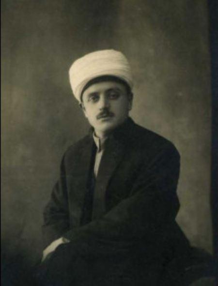 Atatürk'ün yüzünün montajla eklendiği Sadeddin Kaynak'a ait resim