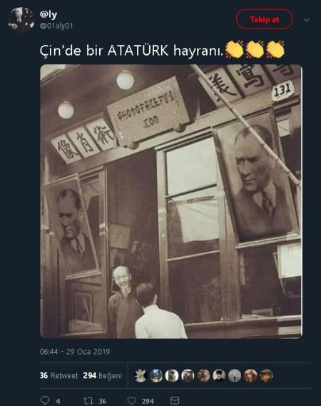 """""""Çin'de bir Atatürk hayranı"""" başlığıyla montajlanmış fotoğrafı paylaşan tweet"""