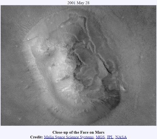 mars insan yüzü yakın çekim