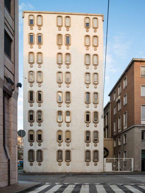 ITALOMODERN: Enrico Villani, Camera di commercio, Handelskammer, Vercelli, 1966 – 72. Foto Werner Feiersinger