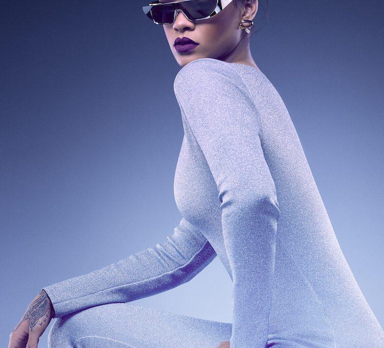 Gli occhiali di Rihanna per Dior