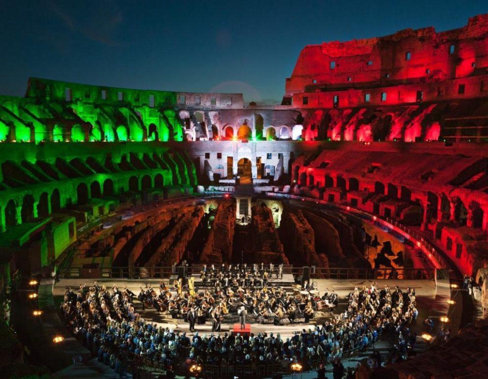 Arte: Tod's ed il restauro del Colosseo. Il concerto di un'orchestra all'interno del Colosseo.