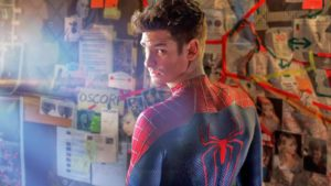 mame lifestyle ANDREW GARFIELD SPEGNE OGGI 35 CANDELINE the amazing spider man