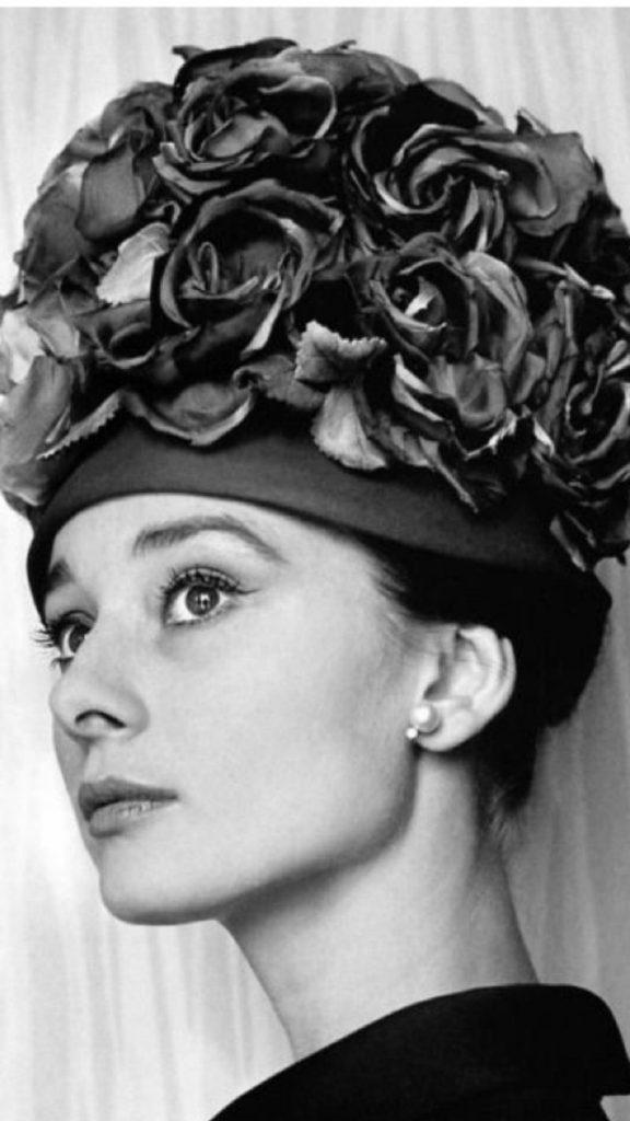 Cecil Beaton, dal fotogiornalismo al cinema. audrey Hepburn