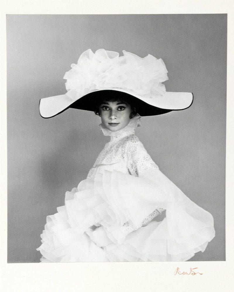 Cecil Beaton, dal fotogiornalismo al cinema. Abito Cecil Beaton Audrey Hepburn