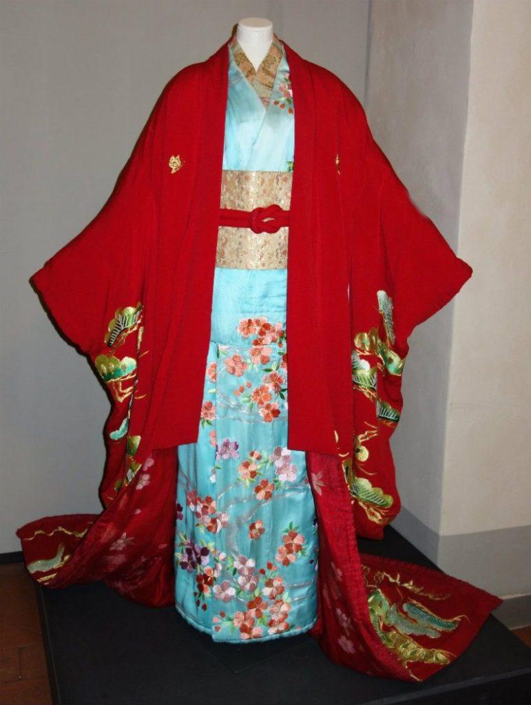 Museo Zeffirelli - otto nuovi costumi di scena. kimono Madame Butterfly