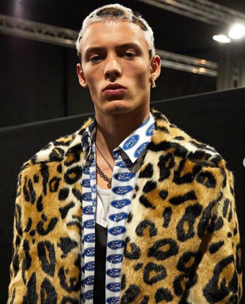 Versace Uomo - il flop d'americana. camicia Logata Ford
