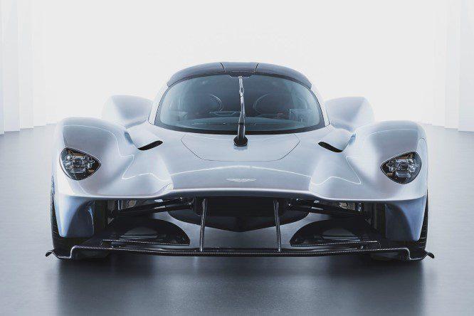 Aston Martin Valkyrie con aerodinamica da hypercar