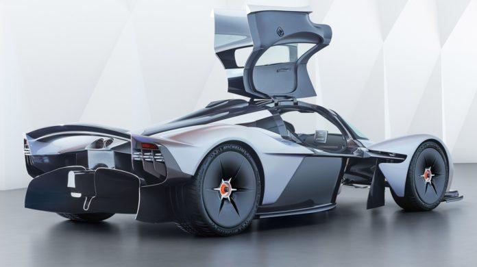 Aston Martin Valkyrie, 1000 CV con il motore Cosworth