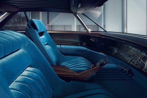 Peugeot e-Legend interni