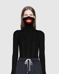 Gucci accusata di blackface per un maglione. Maglione caricatura afroamericani