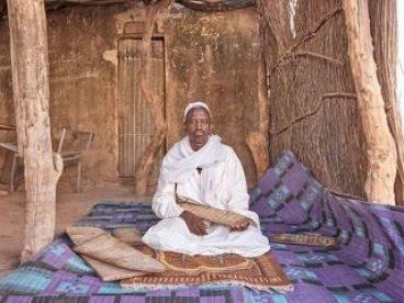 Mame arte TEMA DELLA MIGRAZIONE CLANDESTINA_ LO AFFRONTA LA FONDAZIONE SOZZANI People of Tamba