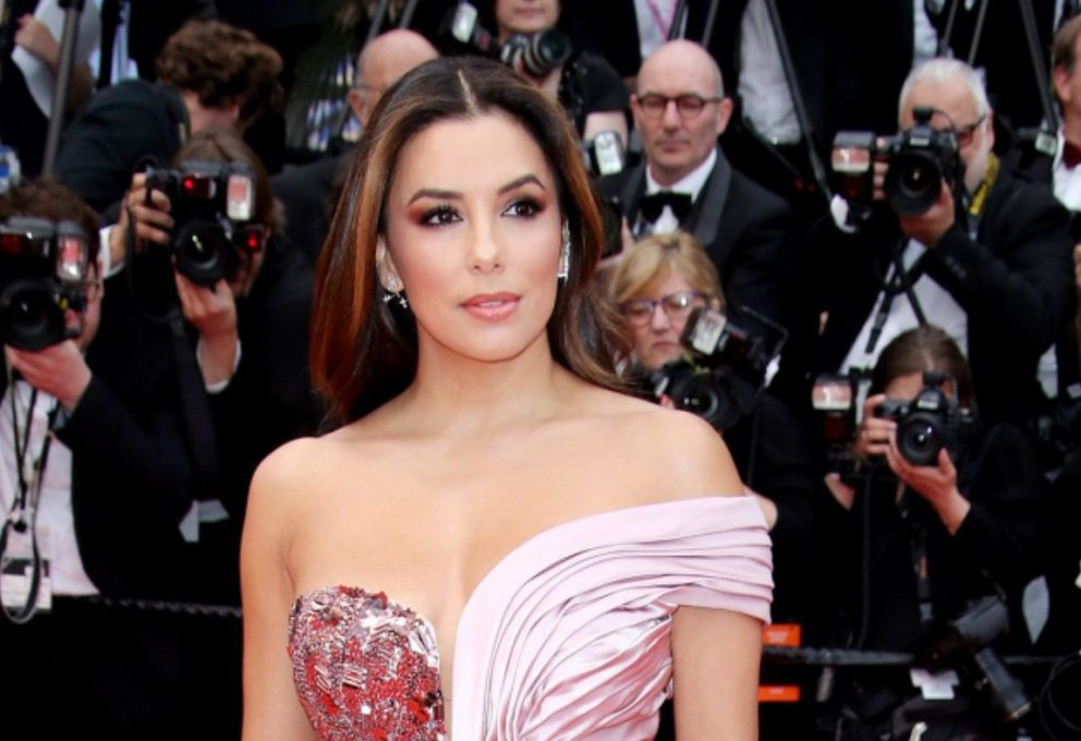 EVA LONGORIA REGINA DEL RED CARPET DI CANNES 2019