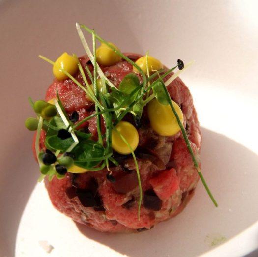 Mame food RITORNA TASTE OF ROMA. ANNUNCIATA LA SETTIMA EDIZIONE Tartare di manzo