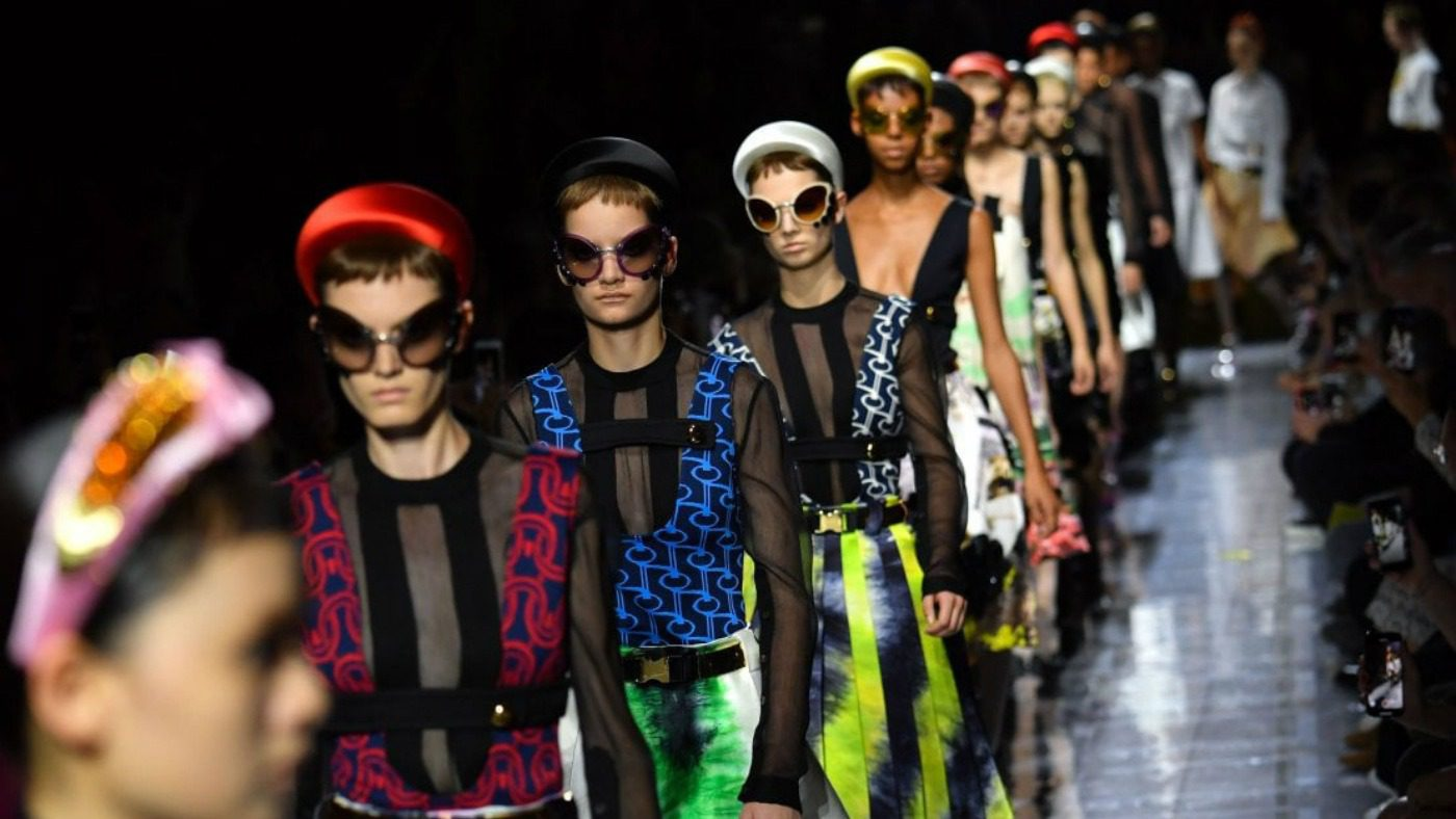 Calendario Sfilate Parigi Settembre 2020.Calendario Milano Moda Donna Ss20 Mam E