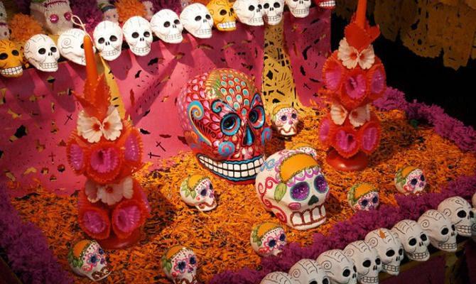 Arte: Dìa de los muertos in messico si festeggia la vita