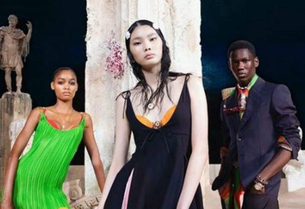 La Versace primavera/estate 2021 rinasce dalle rovine