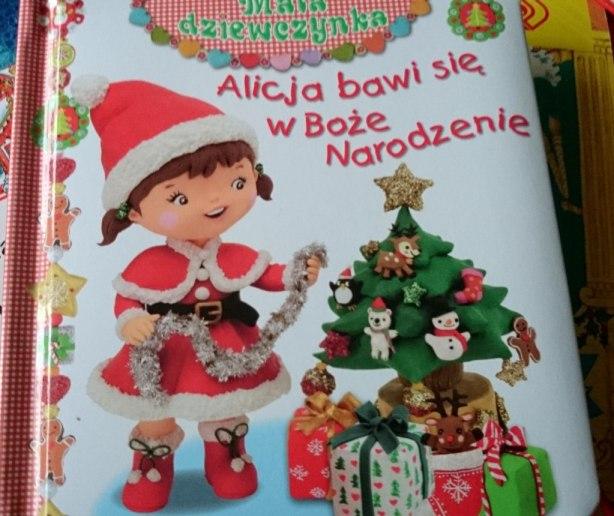Alicja Bawi sie w Boże Narodzenie
