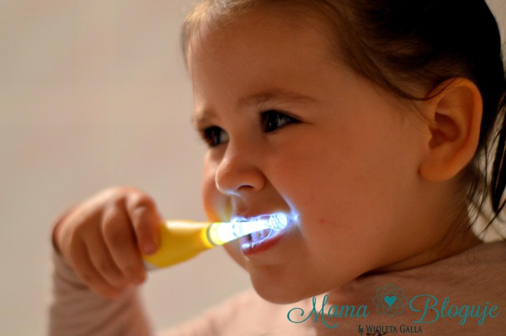 dbanie o zęby u dzieci 4