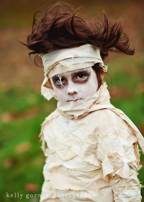 coolmompicks-last-minute-halloween-costumes-for-kids-mummy-kellygorneyphotography_zpspd94zlf0