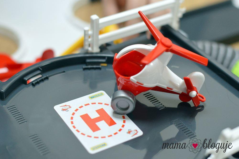 Baza lotnicza Kid Cars 3D recenzja