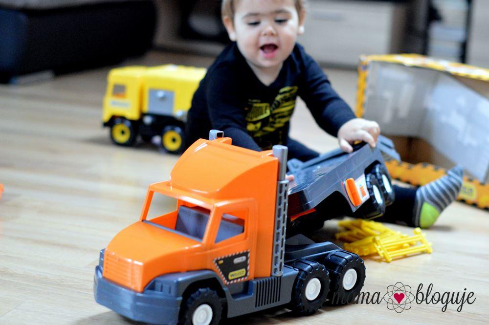 zabawka dla chłopca