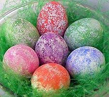 easter-sponge-painted-eggs_rdax_65