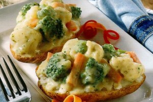 Vegetable baked potatoes 001