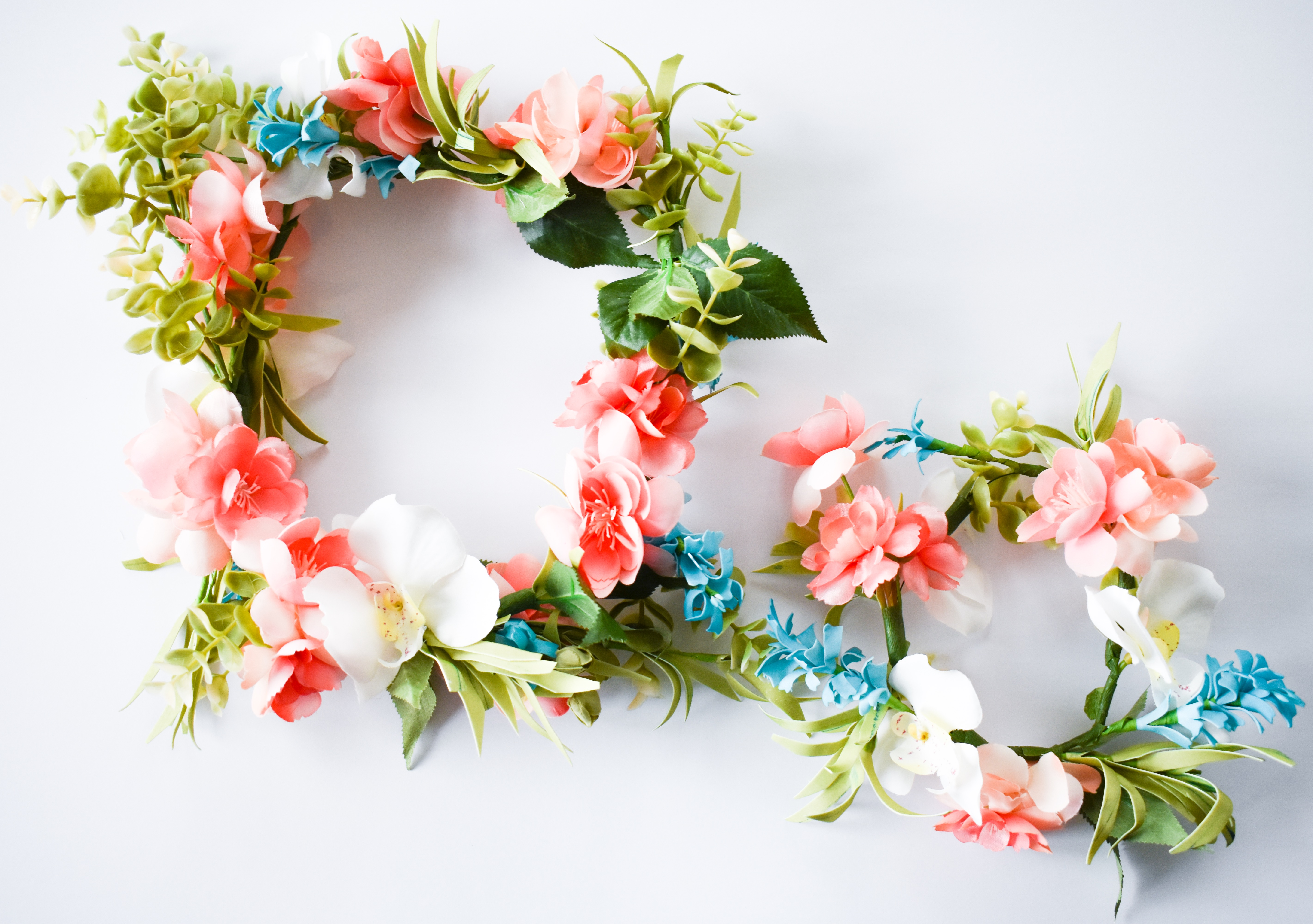 How to make a flower crown with fake flowers easy diy tutorial how to make a flower crown with fake flowers easy diy tutorial mamabops dhlflorist Choice Image
